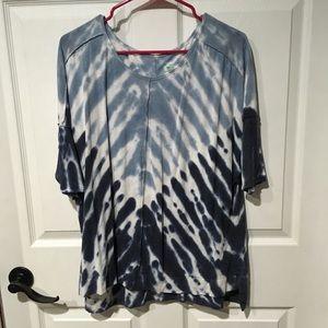 Light and Dark Blue Tie Dye Short Sleeve T-Shirt.